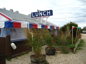'Lunch' lobster roll restaurant