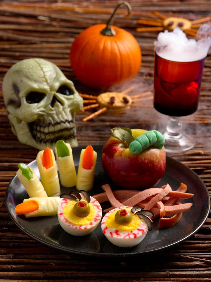 scarin up treats for halloween sweetpaprika. Black Bedroom Furniture Sets. Home Design Ideas